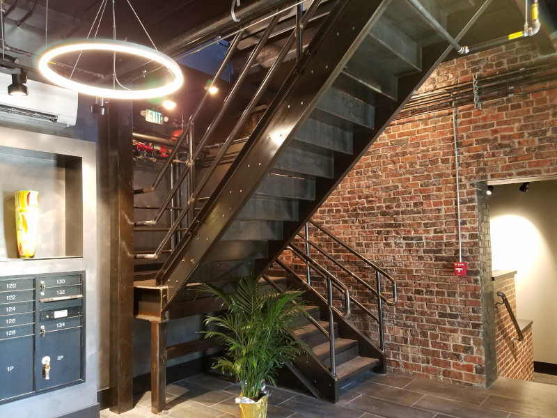 Apartment-Foyer-Terre-Haute